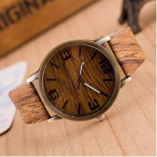 Деревянные кварцевые мужские часы