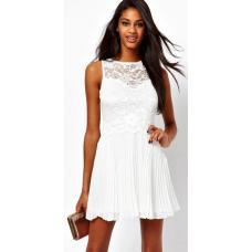 Летнее платье с плиссированной юбкой