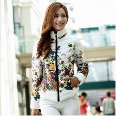 Женская зимняя куртка цветок