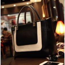 Женская сумка черно-белая
