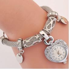 Женские часы подвеска в форме сердца