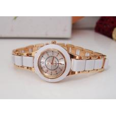 Женские часы в стиле Twei