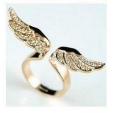 Женское кольцо Крилья
