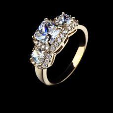 Женское кольцо позолота Принцесса
